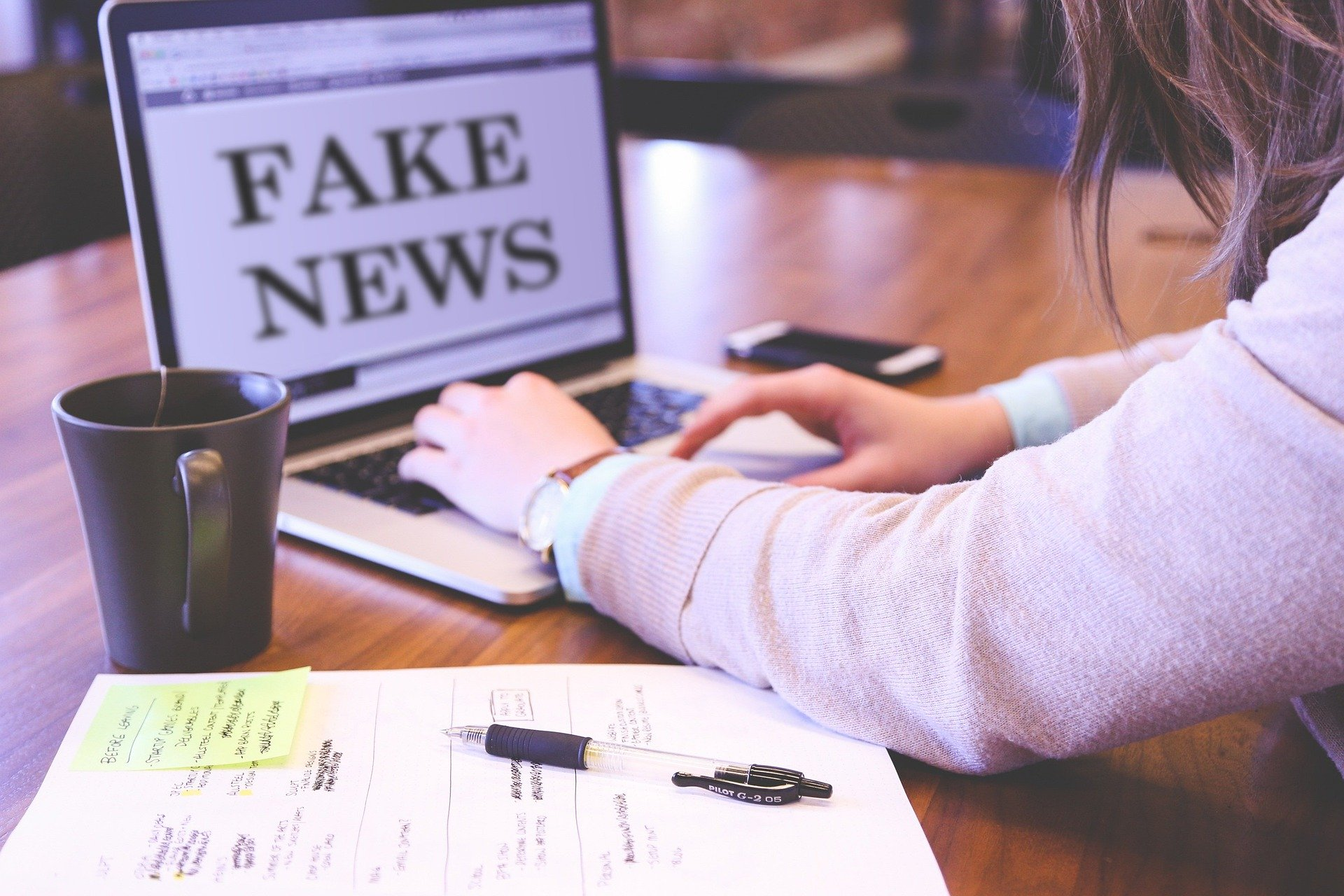 Tema: Los Fake news y su incidencia en la comunicación ambiental